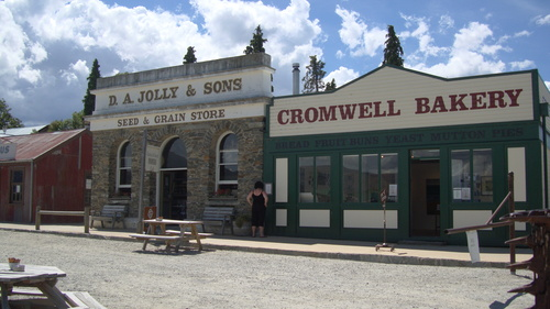 Old cromwell town